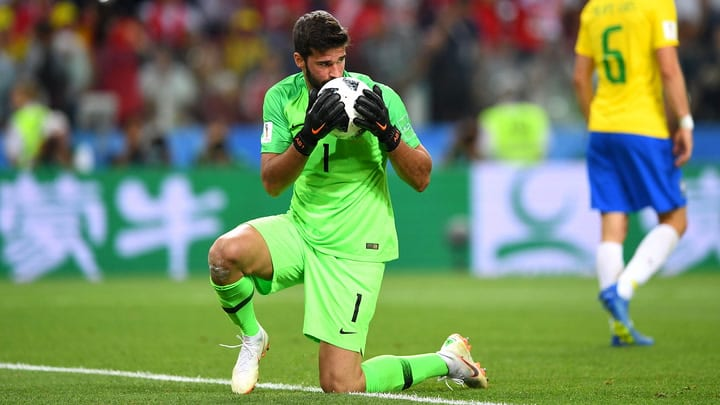 Alisson Becker thanks his brother for everything he has accomplished.