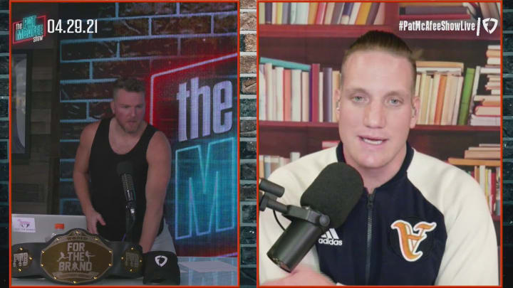 Tim Tebow Might be a Tight End Now – The Pat McAfee Show