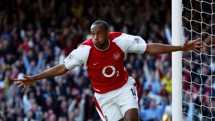 Thierry Henry of Arsenal celebrates