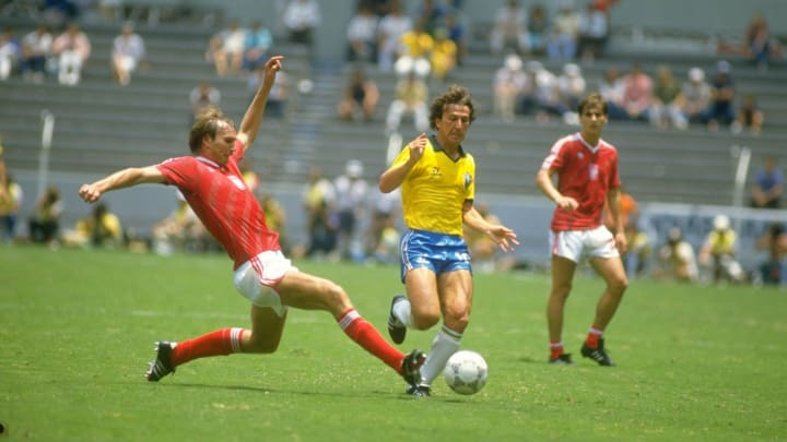 Wojcicki of Poland and Zico of Brazil