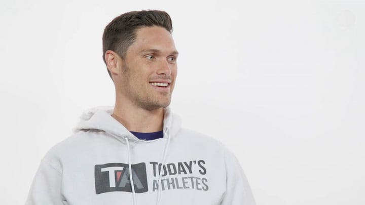 What's Your Sign with Chris Hogan
