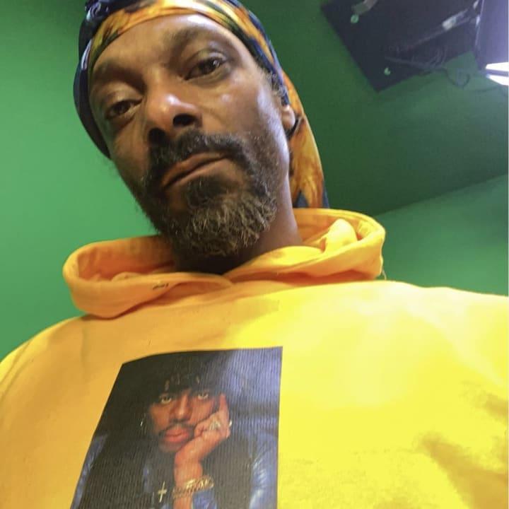 Selfie of Snoop Dogg
