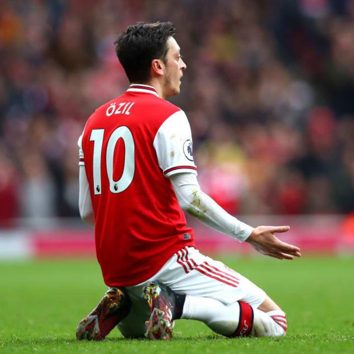 Mesut Ozil has left the Arsenal number 10 shirt free