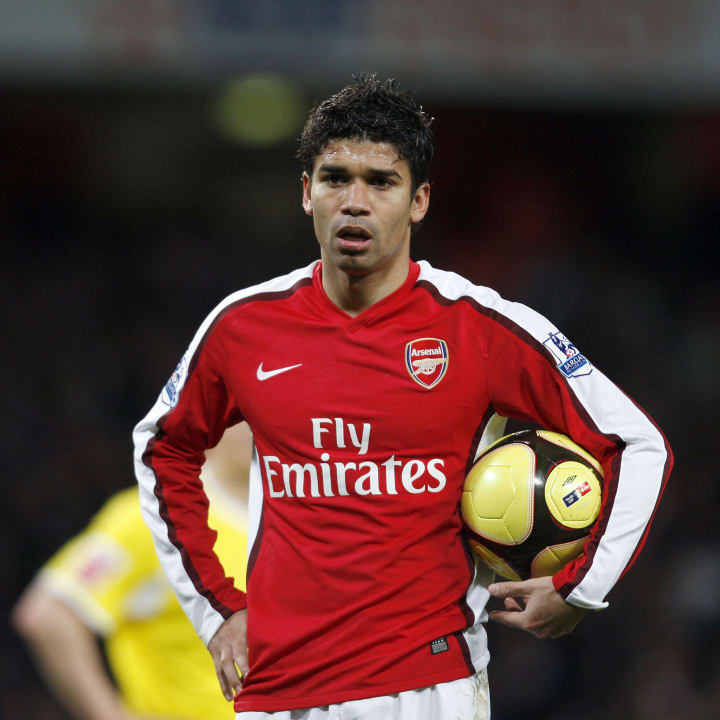Arsenal's Croatian player Eduardo (R) wa