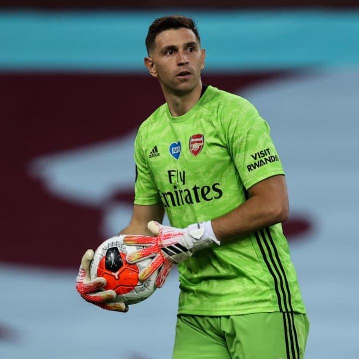 Martinez is close to joining Aston Villa