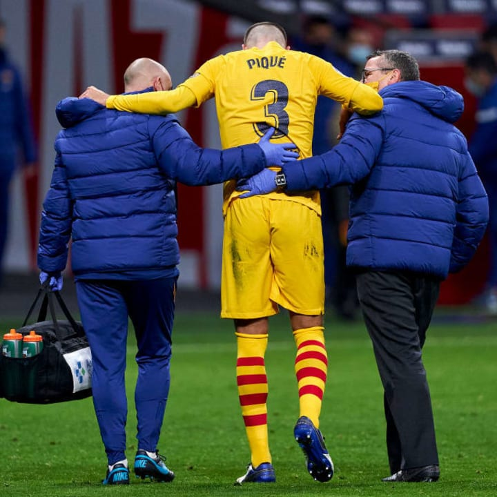 Pique left the game in tears