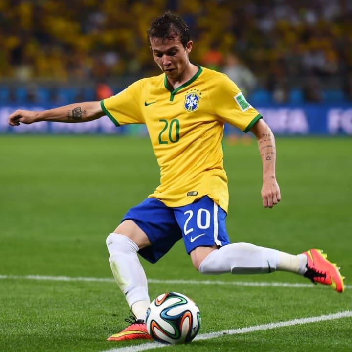 Bernard Seleção Brasileira Everton Sharjah Atacante