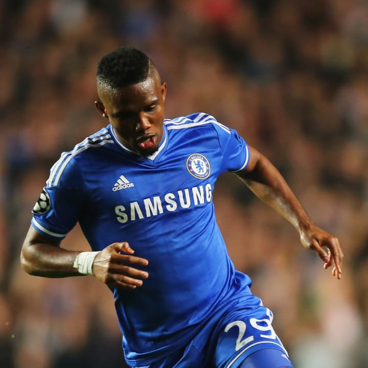 Eto'o in Champions League action for Chelsea
