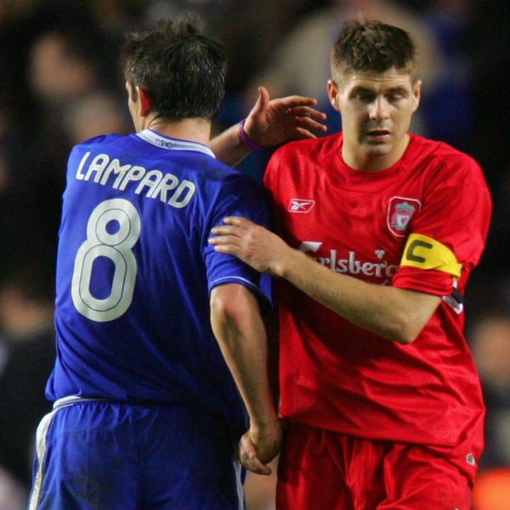 Chelsea's Frank Lampard (L) greets Liver