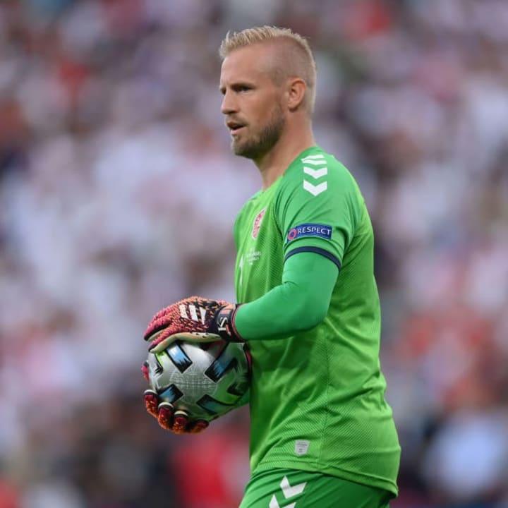 Kasper Schmeichel started in goal