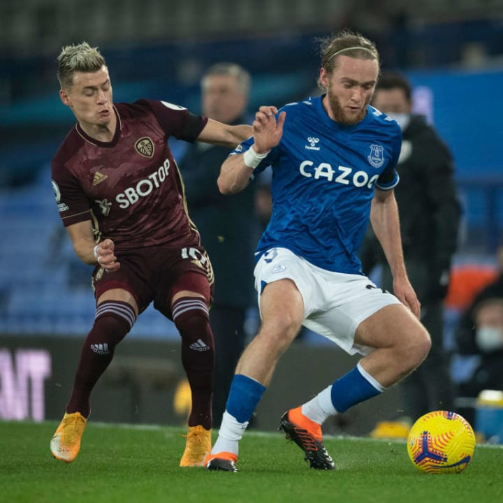 Tom Davies struggled with the right wing back role given to him against Leeds