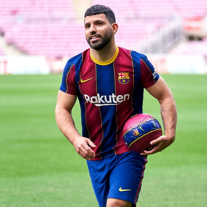 Sergio Aguero will remain at Barcelona