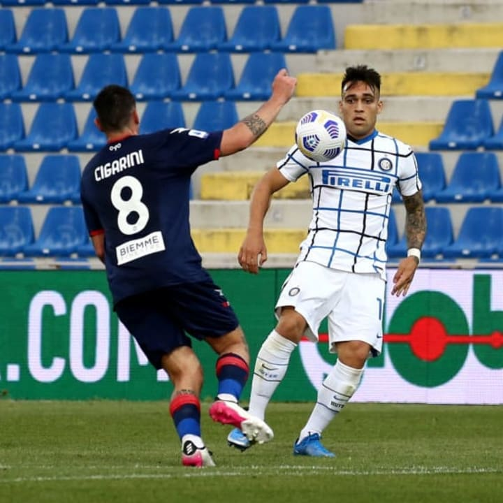 Lautaro Martinez in action against Crotone