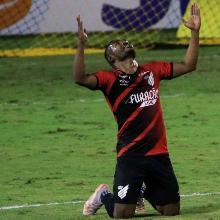 Nikão Seleção Rodada Campeonato Brasileiro Athletico-PR