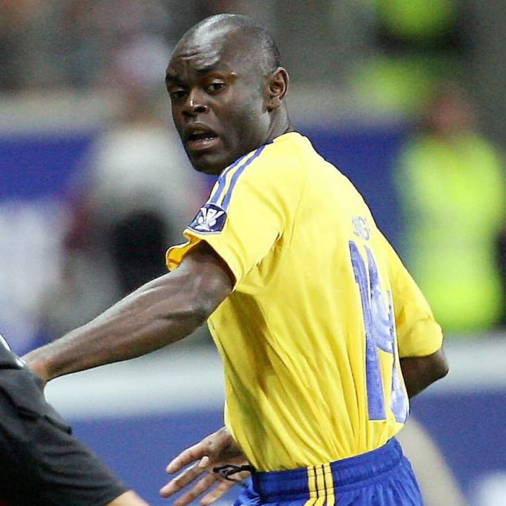 Elanga's father Joseph was a Cameroon international