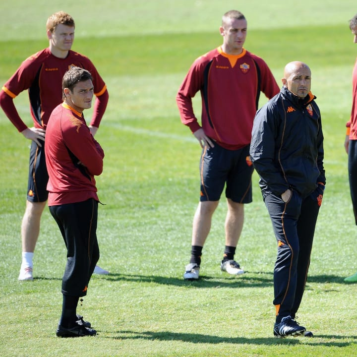 (From L) AS Roma's players Norwegian def