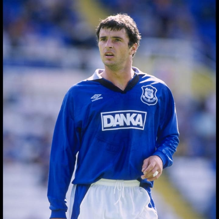 Gary Speed of Everton in action