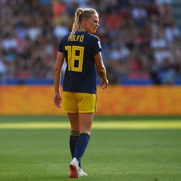 وقعت السويدية فريدولينا رولفو مؤخرا لبرشلونة