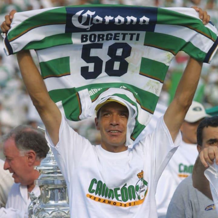 Jared Borgetti, campeón con Santos Laguna