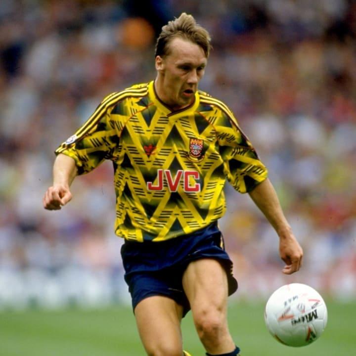 Lee Dixon of Arsenal