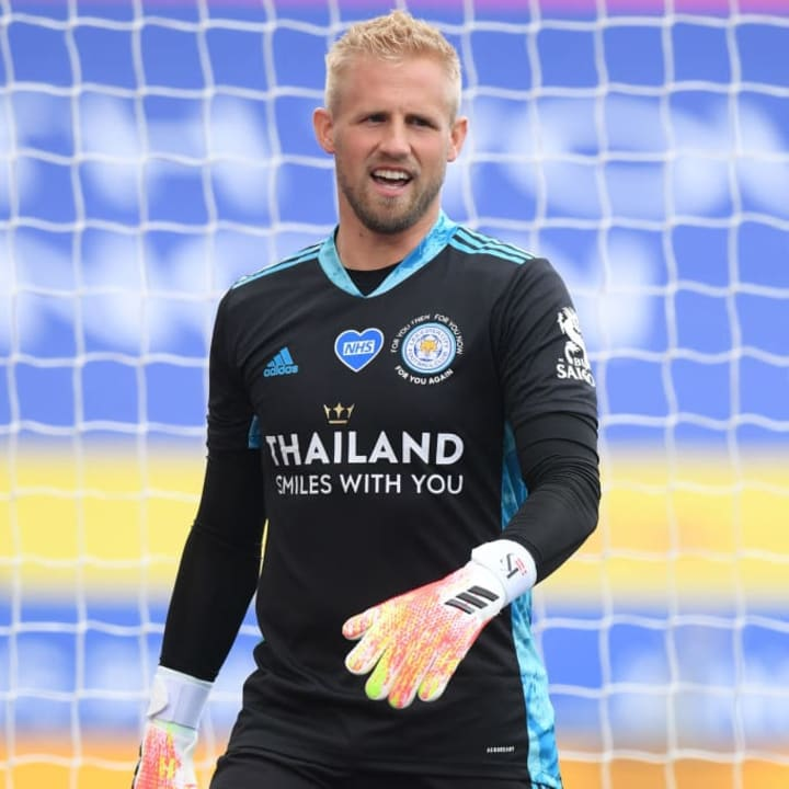 Schmeichel continues to impress with Leicester