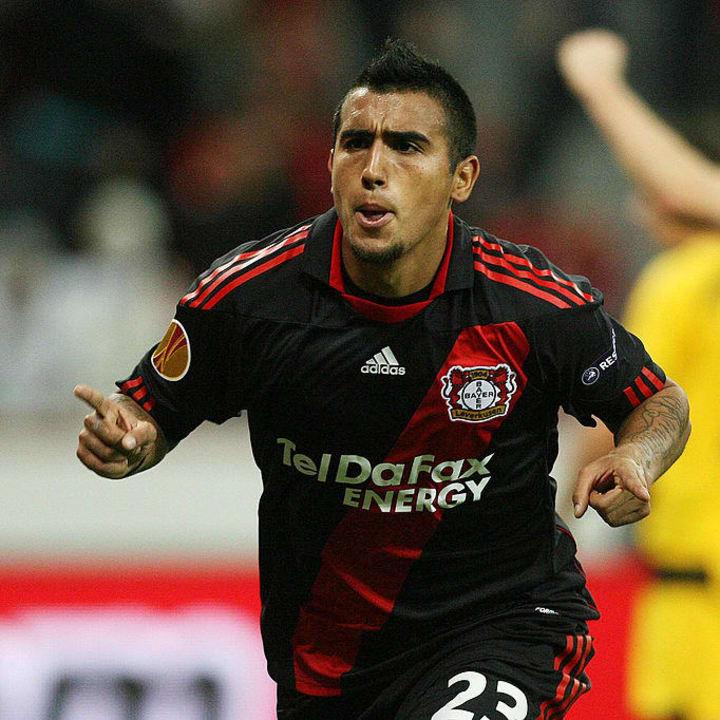Leverkusen's Chilean midfielder Arturo V