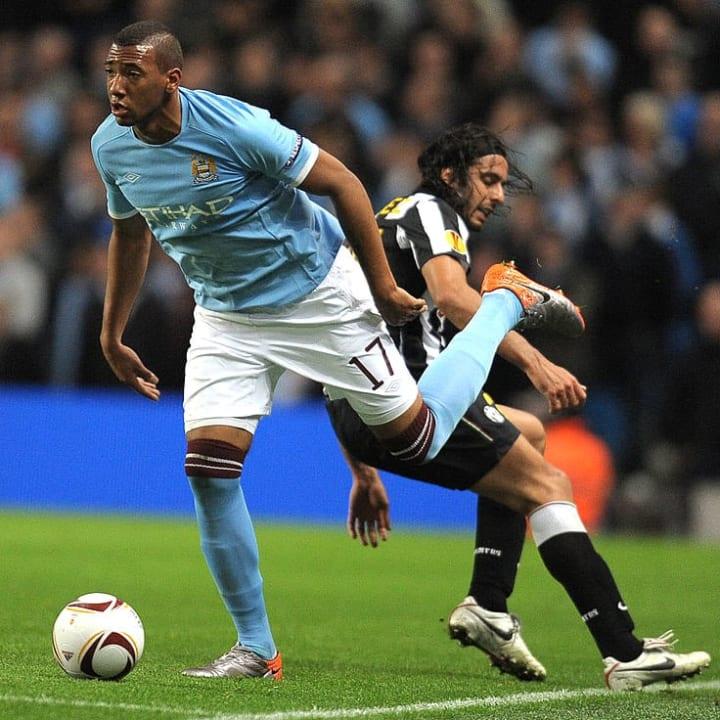 Bek Jerman Manchester City Jerome