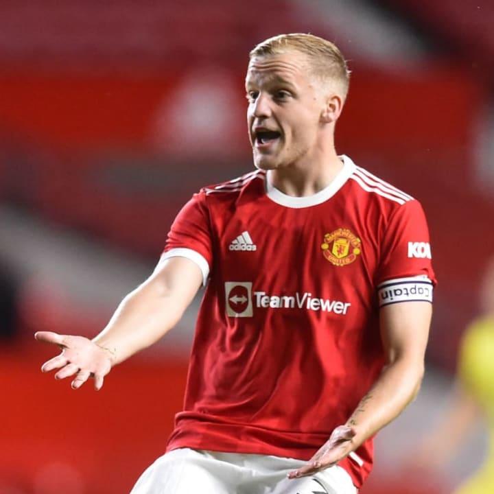 Manchester United's Donny van de Beek
