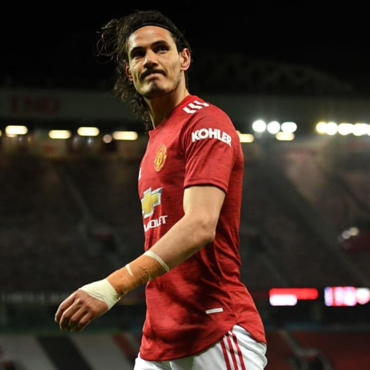 Man Utd want a new striker & Edinson Cavani is expected to leave