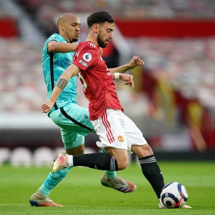 Bruno Fernandes battles with Fabinho