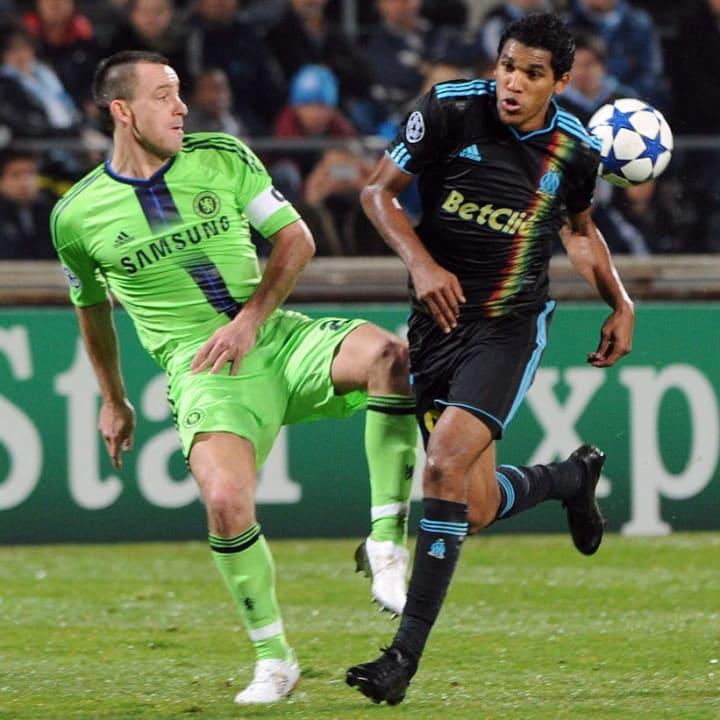 Marseille's Brazilian forward Brandao (R