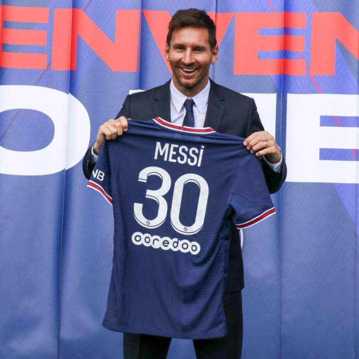 Official presentation of Lionel Messi by Paris Saint-Germain