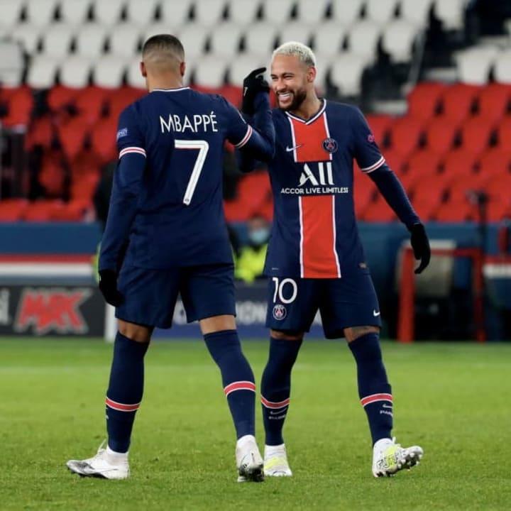 Paris Saint Germain v Istanbul Basaksehir - Liga Champions UEFA