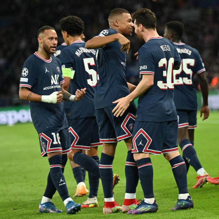 Paris Saint Germain v Manchester City - UEFA Champions League