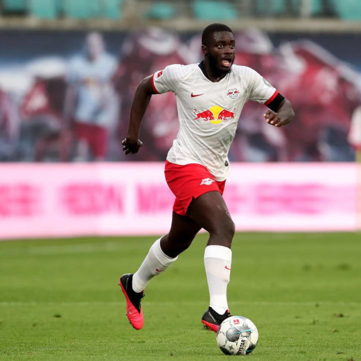 In an effort to solidify their struggling defence, Arsenal are looking to Upamecano