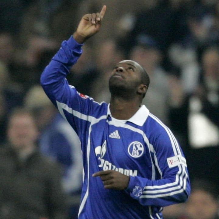 Zé Roberto no Schalke.