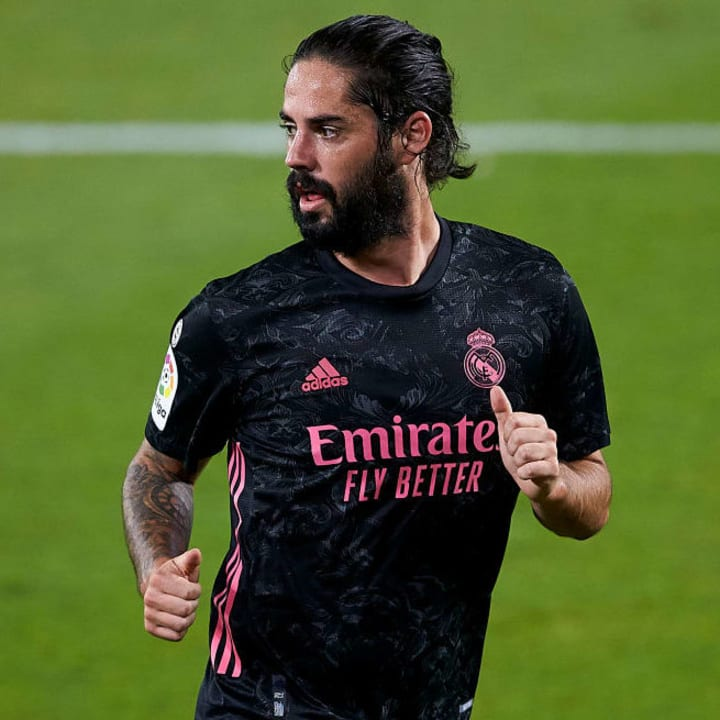 Real are yet to receive offers for Isco