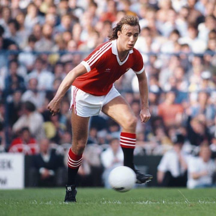 Sammy McIlroy was Man Utd joint top scorer in 1973/74
