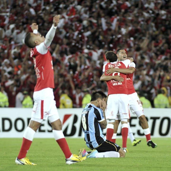 Eduardo Vargas Grêmio Santa Fe Libertadores Oitavas 2013
