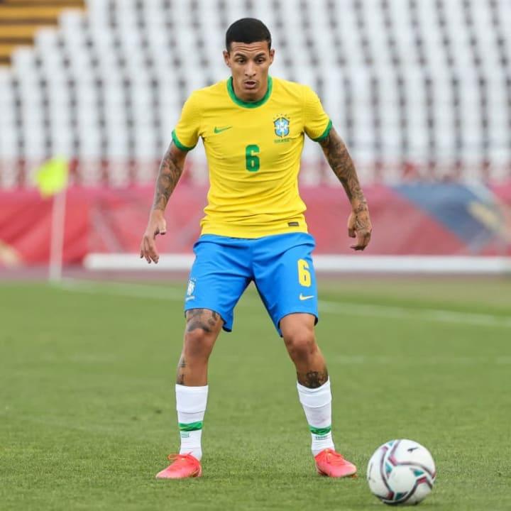 Guilherme Arana Benfica Atlético-MG Lateral Mercado