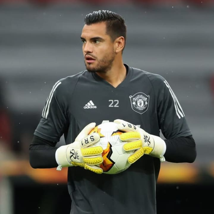 Sergio Romero can only leave before January if Man Utd terminate his contract