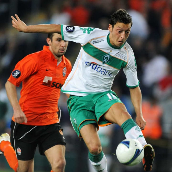 Mesut Özil im Werder-Dress