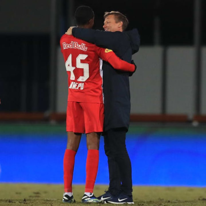 Red Bull Salzburg manager Jesse March and Enock Mwepu