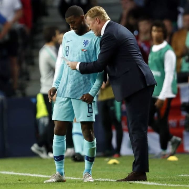 Ronald Koeman hopes to bring Wijnaldum to Barcelona