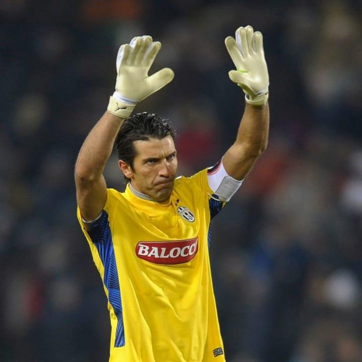 Buffon managed 21 clean sheets in 2011/12