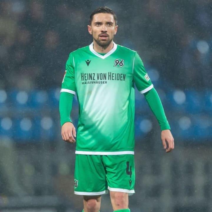 Julian Korb spielte bis zum Sommer für Hannover 96