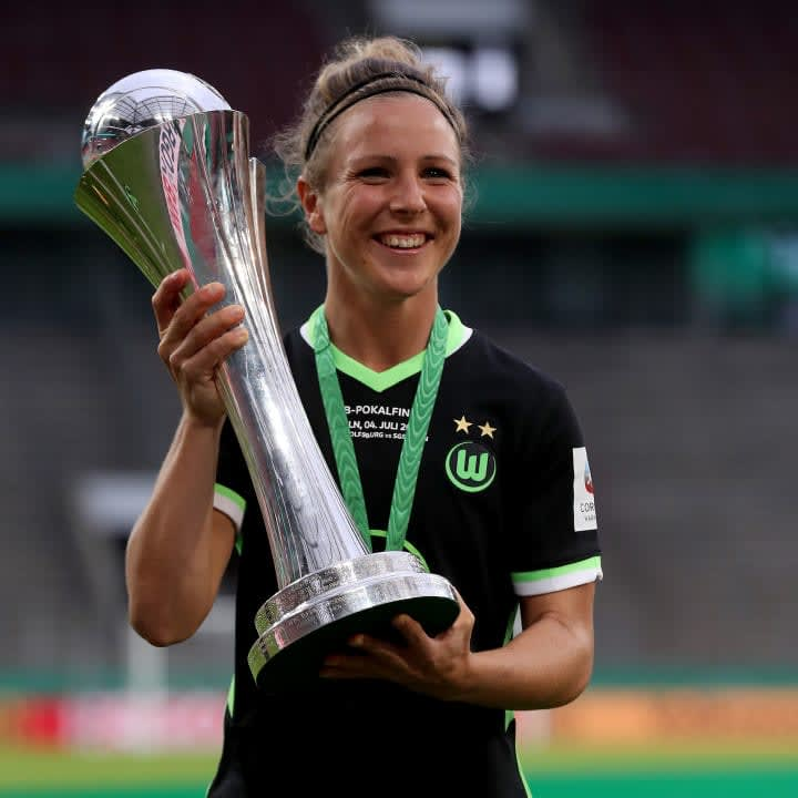 Svenja Huth sammelt Titel mit dem VfL