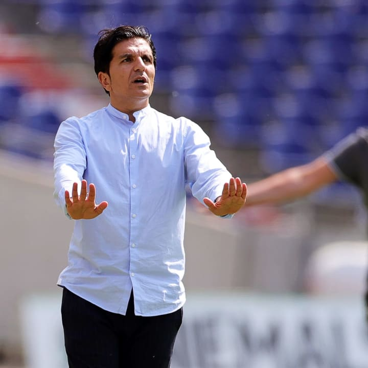 96-Coach Kenan Kocak muss wohl ohne Weydandt planen