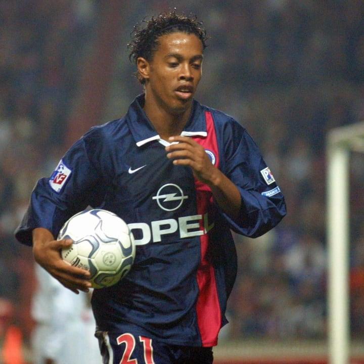 l'attaquant brEIEsilien du PSG, Ronaldin...