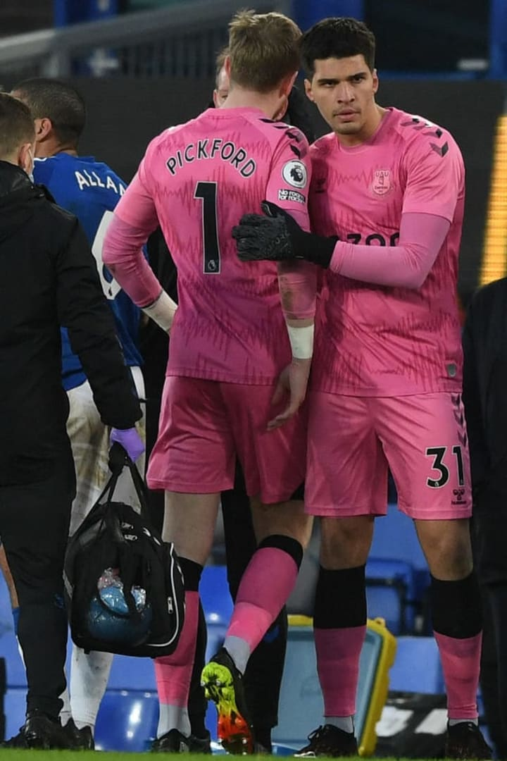 Jordan Pickford was forced off against Burnley with injury